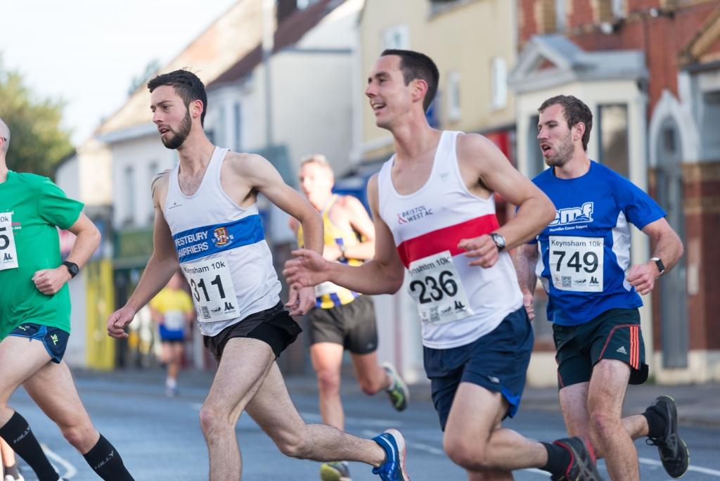 Keynsham 10K runners